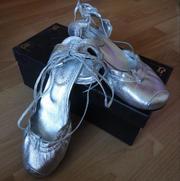 Продам красивые туфли 37 размер