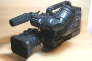 Продам профессиональную видеокамеру Panasonic AG-DVC200