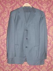 Продается итальянский костюм Ermenegildo Zegna.